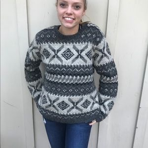 Limited America Collection Wool Hand Knit Sweater